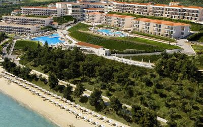 mykonos ticker: Ενα ελληνικό ξενοδοχείο στα 25 κορυφαία all inclus...