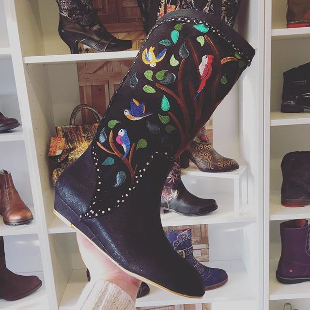 Tweeting amazeballs! New #motherearth #inspired #bird #boots from #irregularchoice at #Eshoes #Skipton #uk #alternativegirl #multicoloured #tree #embroidery