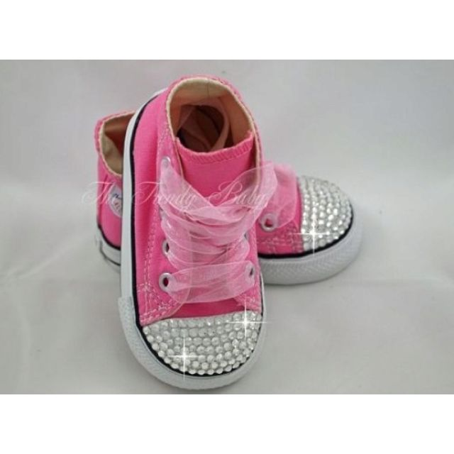 Little baby or toddler bling Converse shoes!Baby Girls Shoes, Pink Converse, Little Girls, Convers Shoes, Baby Bling, Bling Convers, Converse Shoes, Flower Girls, Baby Shoes