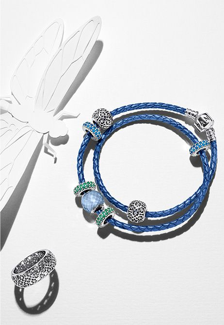 Blue leather and silver lattice combine to form a #bohemian style.