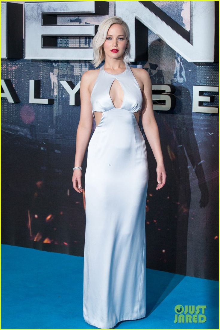 Jennifer Lawrence Steps Out for 'X-Men: Apocalypse' Fan Screening in London!: Photo #3650980. Jennifer Lawrence shows off her gorgeous dress on the carpet at the X-Men: Apocalypse fan screening event at the BFI IMAX on Monday (May 9) in London, England. …