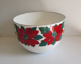 Solid red. Kaj Franck retro mod enamel bowl Arabia by fuzzandfu