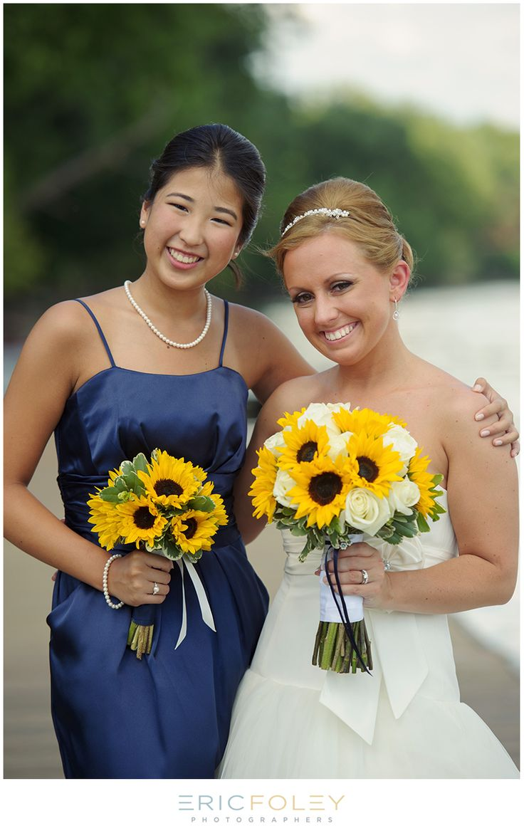 the bouquets. Don't like the roses... Would have to put something else with the sun flowers