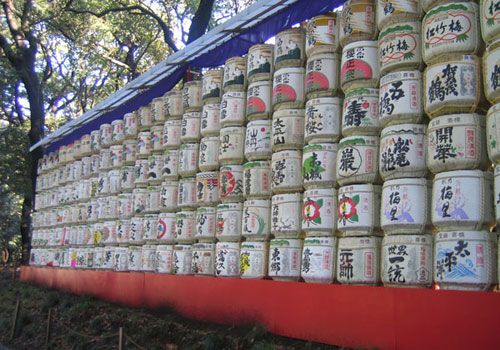 Meiji Jingu (shrine) is an oasis of forested quite in an otherwise concrete jungle.    It is located in Shibuya, next to the Harajuku station in Tokyo and it is an easy walk from Yoyogi Park.