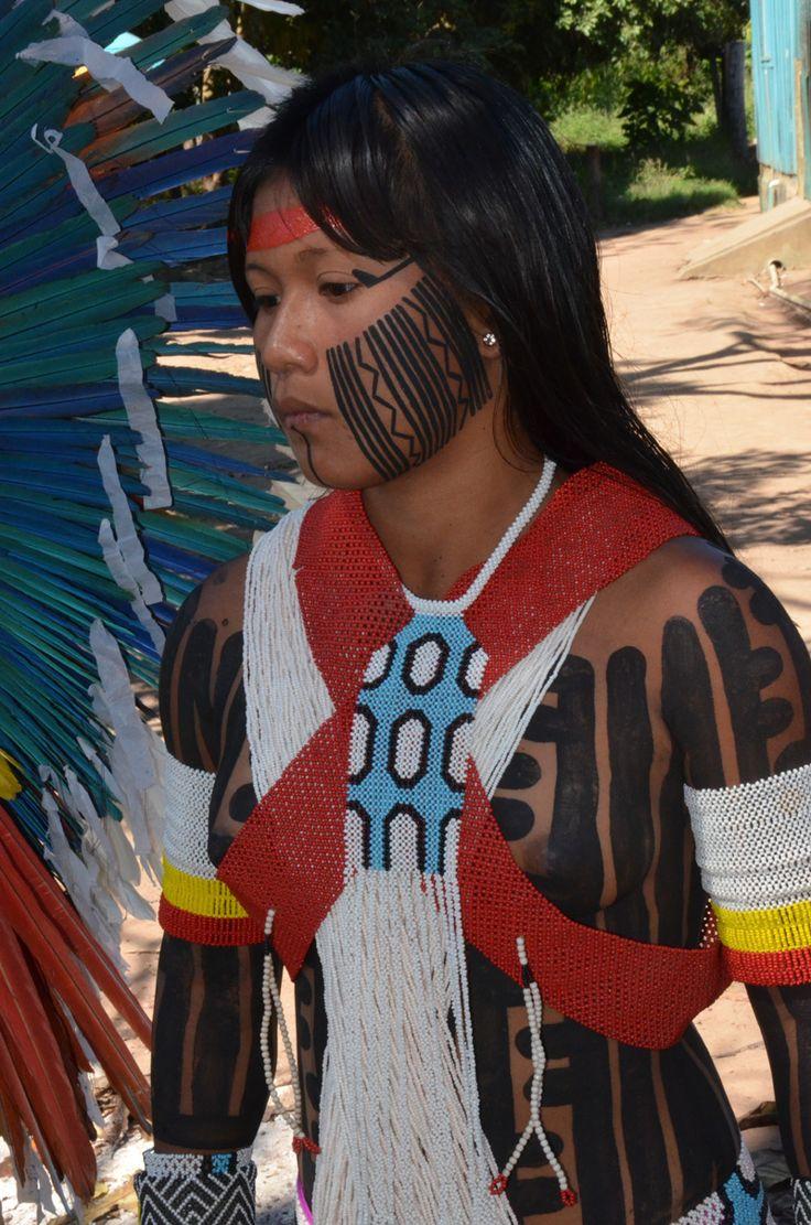 Inauguração da Casa de Cultura Kayapó na aldeia Moxkarakô