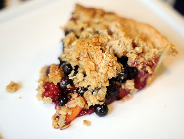 Peach Blueberry Blackberry Crumble Pie | Pies, Tarts and Crumbles | P ...