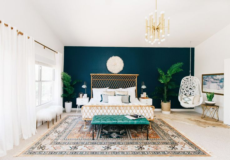 gravityhome:   Bohemian bedroom with a popping...