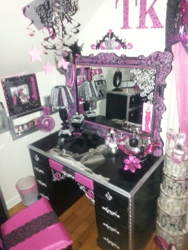 Marilyn Monroe Vanity Furniture I Did Pinterest Vanities And Marilyn Monroe