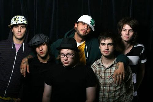 Patrick Stump and Pete Wentz of Fall Out Boy along with Brendon Urie of Panic! At The Disco, William Beckett of The Academy Is..., Travis McCoy of Gym Class Heroes, and Gabe Saporta of Cobra Starship. So much awesomeness in one Picture!!!!!!!