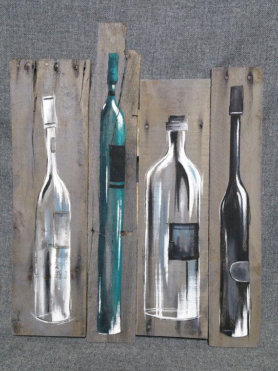 Wein Flasche Malerei, Kunst Wanddekoration Palette, Teal Wein-Dekor, zurückgefordert Holz, Distressed Weinflaschen, handgefertigt, handbemalt, Geschenk  Original Acrylbild auf aufgearbeiteten Paletten Holz, das mit einem wasserbasierten Fleck grau gefärbt ist.  Dieses einzigartige Stück ist 22 1/2 Zoll x 17 1/2 Zoll.  Geben Sie Ihre Küche oder Bar-Bereich einen persönlichen, schäbigen schicken Touch mit diesem rustikalen Artwork.  Dies ist das einzige ORIGINAL zu verkaufen. Weil die...