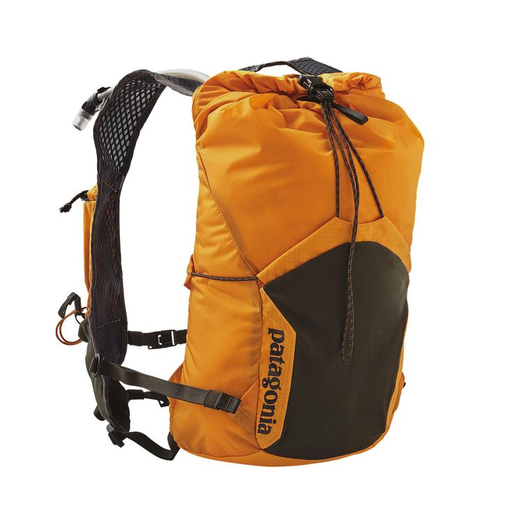 Push the limits with the Patagonia Fore Runner Vest 10L, a lightweight, breathable trail running hydration pack. Includes a 2-liter hydration reservoir.