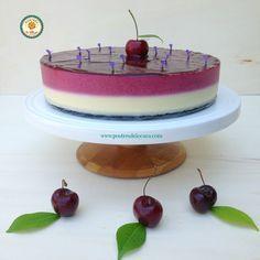 Tarta de cerezas y chocolate blanco sin horno. No bake cherry and white chocolate tart.