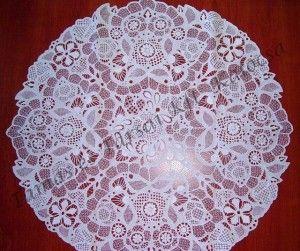 angol madeirás terítő (70x70 cm)