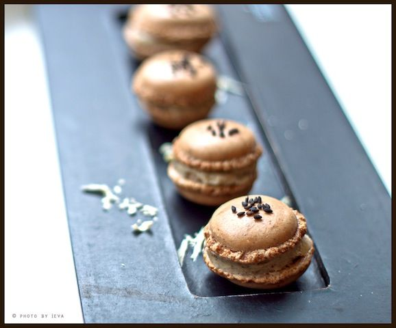 macarons view the recipe details coffee macarons pretty macarons ...