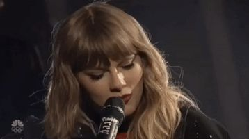 Taylor ||#SNL #NBC #gif #newyearsday #acoustic