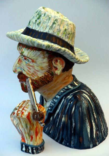 Vincent van Gogh met scheermes 35 cm h x 35 b