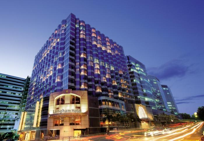 ✔ Giá từ: 6,277,000 VNĐ __________  ★ Số sao: 5 _____________________  ☚ Vị trí: Peking Road, Tsim Sha Tsui _ ❖ Tên khách sạn: The Langham, Hong Kong __________________________ ∞ Link khách sạn: http://www.ivivu.com/vi/hotels/the-langham-hong-kong-W2360/  ∞ Danh sách khách sạn ở Kowloon: http://www.ivivu.com/vi/hotels/chau-a/hong-kong/kowloon/all/995/