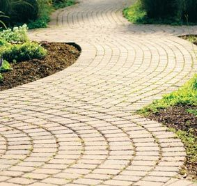 Classic Paving Patterns | Create features and highlight outdoor areas with pavers