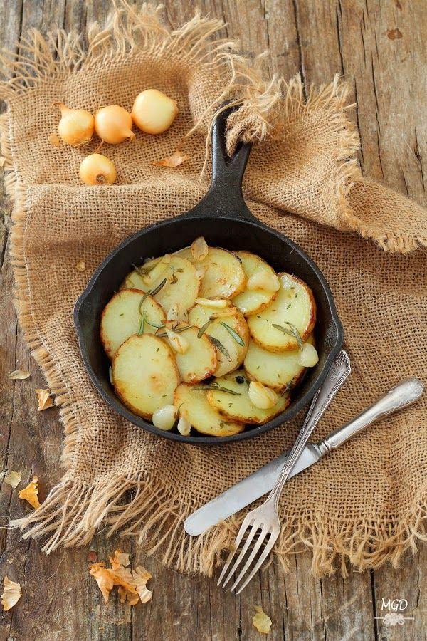 Una forma de cocinar las patatas para hacer una guarnición espectacular. No dejes de probarla porque te va a sorprender.