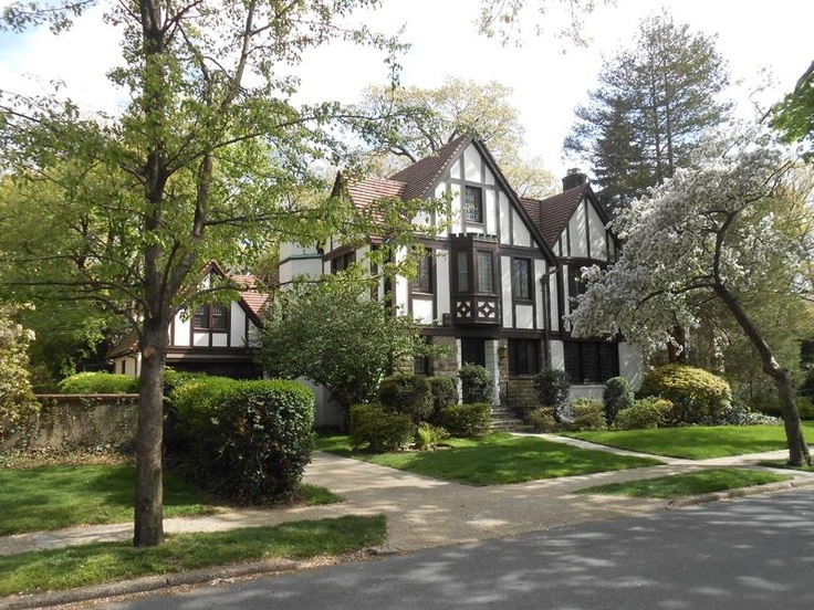 1000 Images About Forest Hills Gardens Ny On Pinterest Gardens Nyc And Beautiful Homes