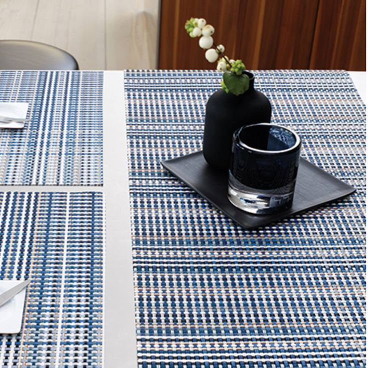 Placemats by Chilewich of New York | Grid Blue | ποικιλία υφάνσεων, μεγεθών, σχημάτων και χρωμάτων #aslanoglou #chilewich #artdelatable #design #momanewyork #soupla https://goo.gl/v1tygQ