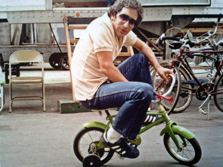 Steven Spielberg on the backlot of MGM during the filming of Poltergeist