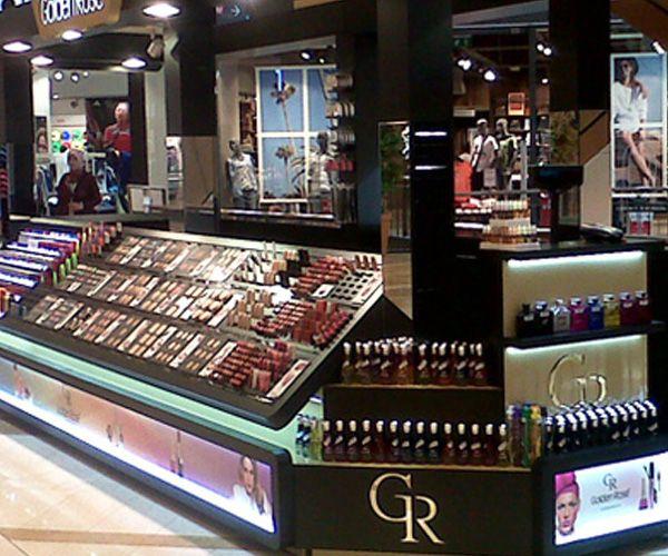 Golden Rose tüm renkleri ve en yeni ürünleri ile Kahramanmaraş Piazza AVM'de. Bekliyoruz. :)