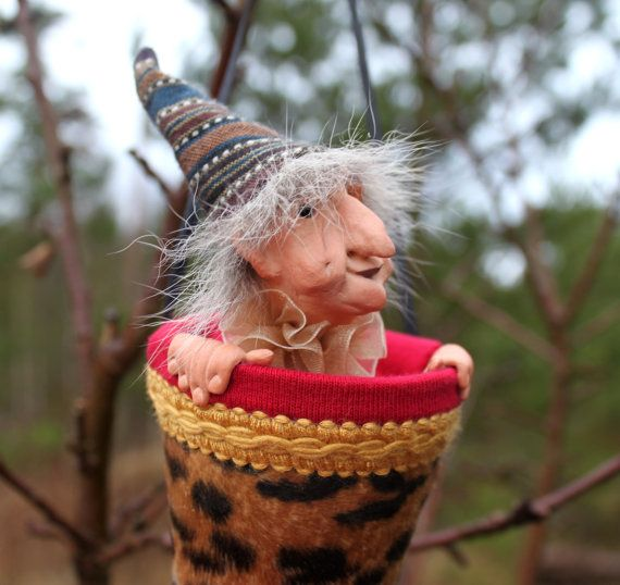 Popup Puppet Art Doll The Old Witch Olga by TUTTUTPUPPETCOMPANY, kr460.00