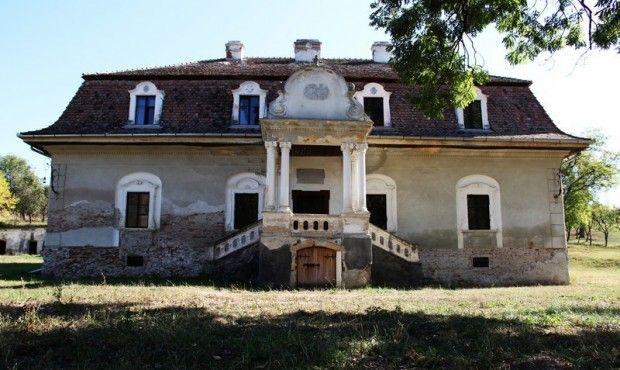 Fugadi Bánffy kastély| Monumente Uitate