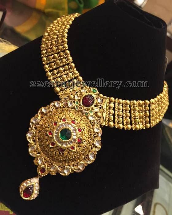 Jewellery Designs: Pink Kundans Gold Necklaces