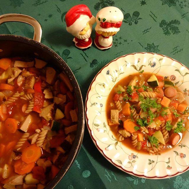 Edel's Mat & Vin : Restesuppe-lapskaus med grønnsaker, pasta og litt ...