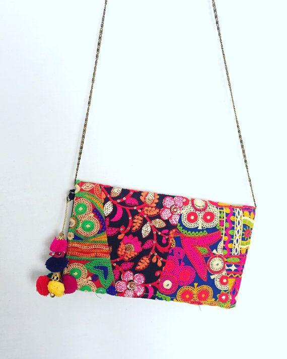 Sac brodé à la main de Style coloré TRIBAL HIPPIE embrayage banjara / ethnic pochette, sac bandoulière, sac Boho, tzigane, sac d