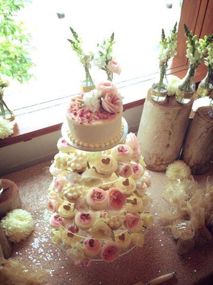 Wedding cupcakes, pastel, flowers, cupcake stand