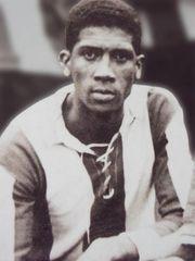 Alejandro Villanueva . Jugador historico del club Alianza Lima de Peru.
