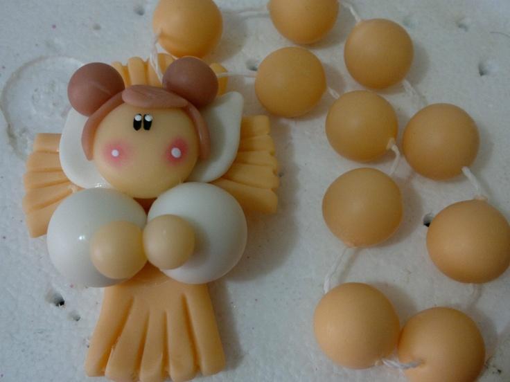Denarios En Porcelana Fria $ 8 C/u: Fria Creaciones, Clay Angel, First Communion, In Porcelain, Porcelain, Modeling, Communion, Porcelain Cold, Communion Baptisms Ideas