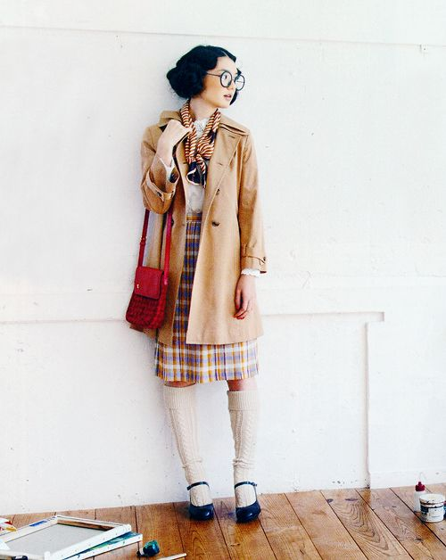 : Fashion Photo, Zippers 2013 11, Schoolgirl Chic, Old School, Schools Looks, Camels Coats, Camel Coat, Quirky Schoolgirl, Undefin Fashion