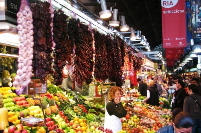 1. La Boqueria Market: Barcelona, Spain Formally known as the Mercat de Sant Josep de la Boqueria, this market tops our list at number one. It is one of the most popular tourist attractions in Barcelona and one of the best-known markets in Europe. Located on the popular La Rambla boulevard, the large indoor market sells everything from fresh fruits and vegetables to seafood and spices.