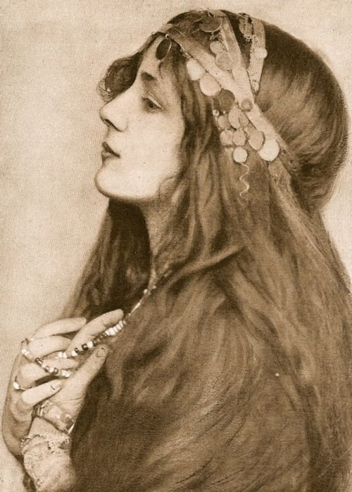 Eickemeyer photo of Evelyn Nesbit (December 25, 1884 – January 17, 1967) was an American artists' model and chorus girl, noted for her entanglement in the murder of her ex-lover, architect Stanford White, by her first husband, Harry Kendall Thaw.