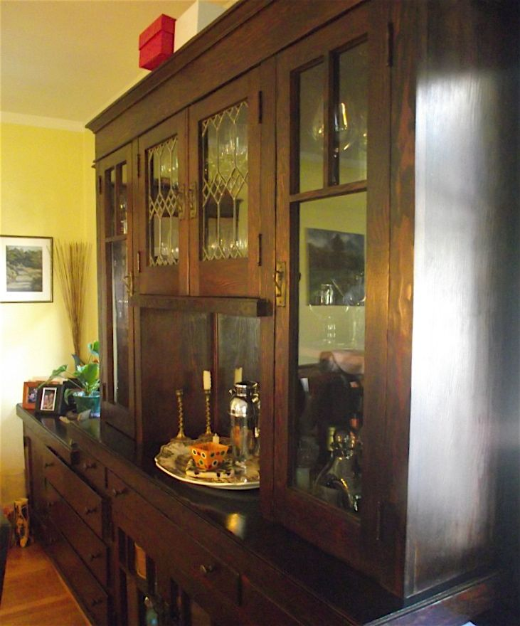 Nice Looking Built In China Cabinet Find This Pin And More On Craftsman Dining Rooms