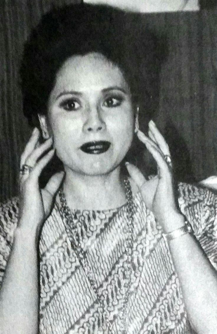 Dewi Soekarno - Tempo, 15 Feb. 1992