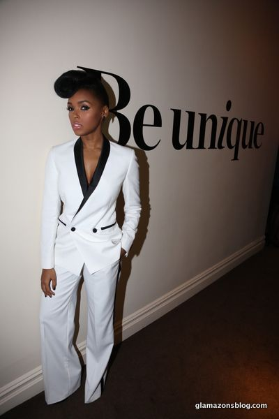 I wanna be able to rock a suit like Janelle Monae can rock a suit...