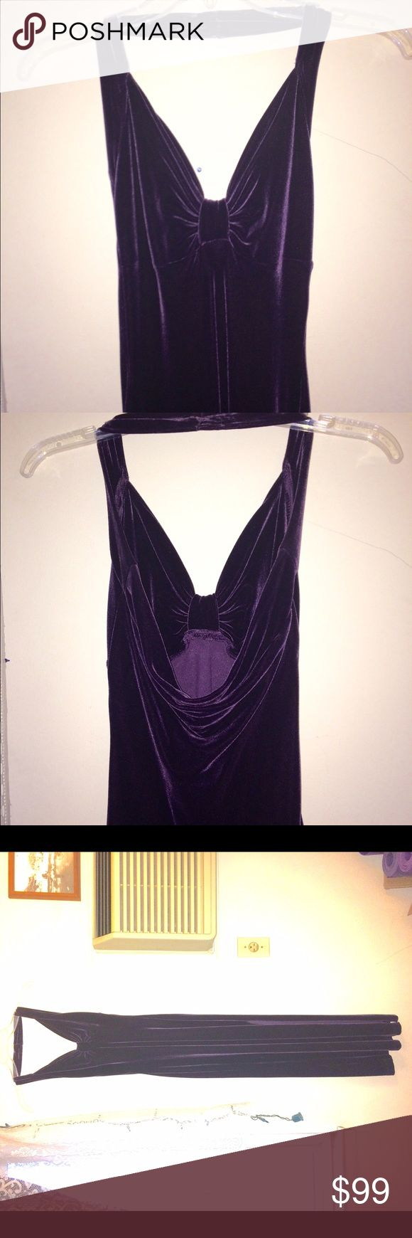 NWOT PURPLE VELOUR GODESS GOWN Don't look like a slut like the rest of them on prom night! You're better than that !  THIS IS THE PROM GOWN U WANT 2 WEAR!! VINTAGE HOLLYWOOD SEXY & CLASSY UNIQUE from a boutique  You do not need to show it all to be beautiful! What is SEXY? CONFIDENCE!  A real SMILE! Good POSTURE!  The following makes you look insecure, sad, and easy. Boobies hanging out.  A skirt so short you cannot bend over without showing your ass. Too much glitz and not enough cloth…