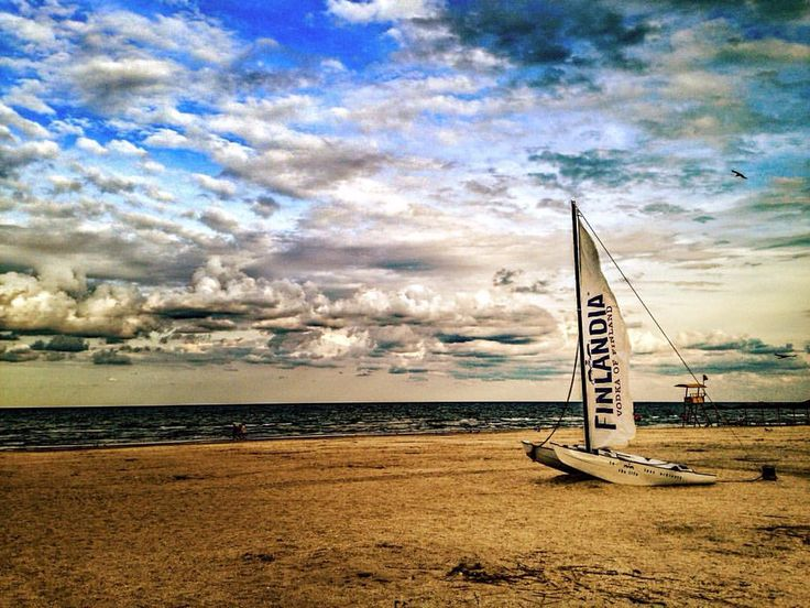 crazy beach : see you all next summer…  #crazybeach (at crazy...