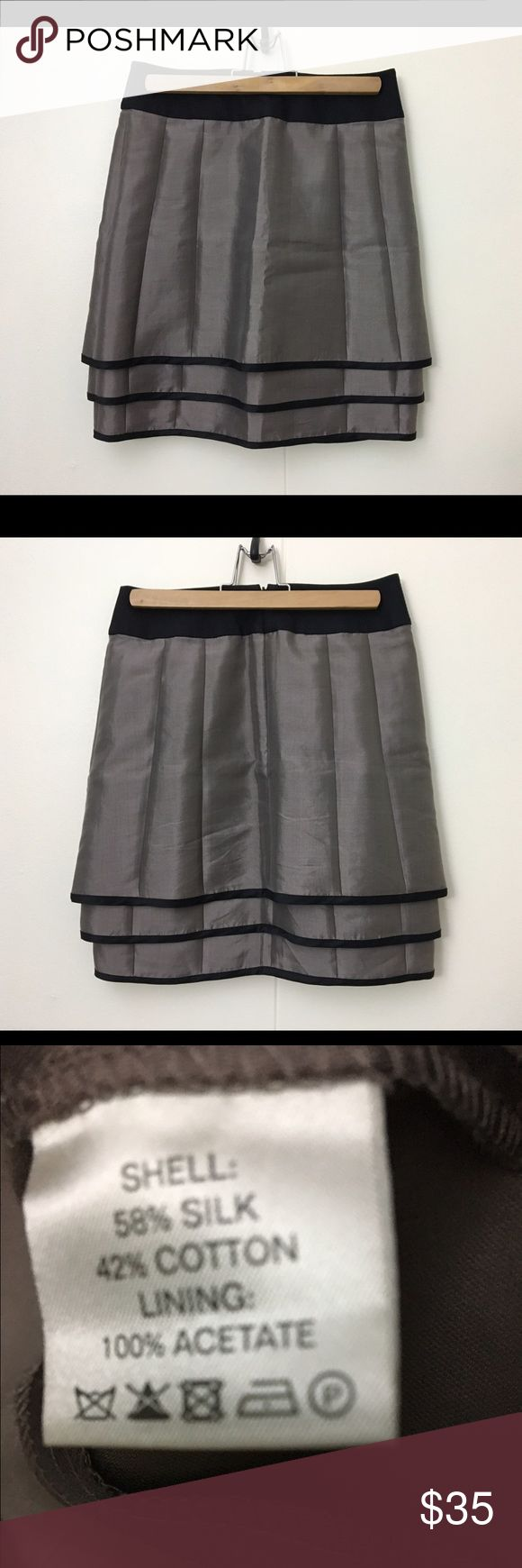 "Reiss silk full mini skirt 2 taupe tan olive gray EUC ☺️ so cute 👏👏🏻 waist 27"" length 19"" Reiss Skirts Mini"