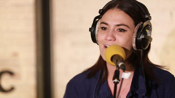 Nadine Shah -  Mother Fighter (6 Music Live Room)