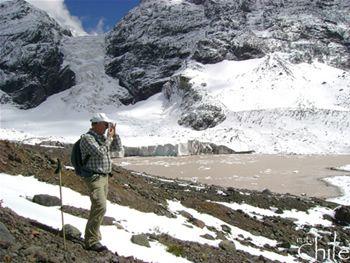 AGUAS TERMALES Y GLACIARES Nuestra opinión de este tour: Es lo mejor que podemos ofrecer. Con Trekking, Glaciares, Termas y un buen almuerzo, no se puede pedir más..