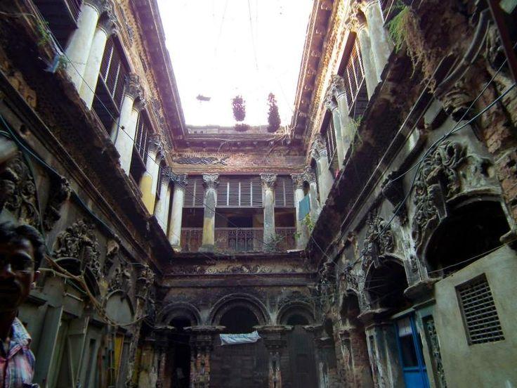 Putulbari - A haunted dollhouse in Kolkata