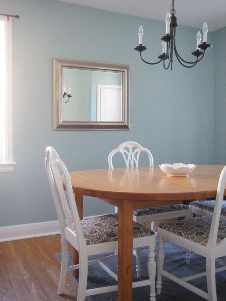 Benjamin Moore S Gossamer Blue Goes Great With Light