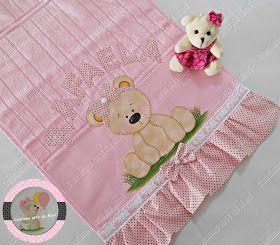 Olá minhas queridas!   Essa toalhinha é da Dohler para compra acesse o site: Compre Aqui   E esses tecidos são da Maxx Têxtil do site Teci...