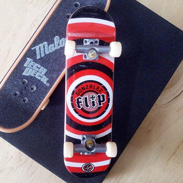 BRAND  FLIP SKATER  DAVID GONZALEZ SERIES  MALOOF SERIES PRODUCT  96MM SINGLE PACKS * ไม่มีลายที่ล้อ * #techdeck #techdeckthailand #fingerboard #fingerboardthailand #toysthailand #toythailand #miniskate #DavidGonzalez #flip